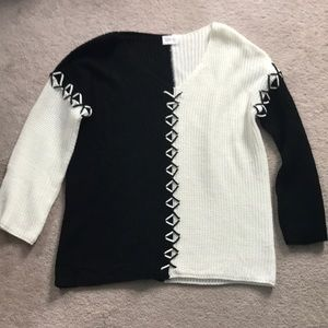 NWOT Color block lace up sweater